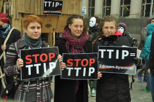 Stop TTIP. Image Source: Greenpeace Polska, Flickr, Creative Commons