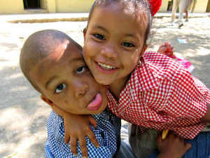 Friends in the Dominican Republic.  Image Source: KR1212, Flickr, Creative Commons