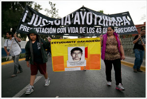 Image Source: Montecruz Foto, Flickr Accion Global por Ayotzinapa @ Oaxaca