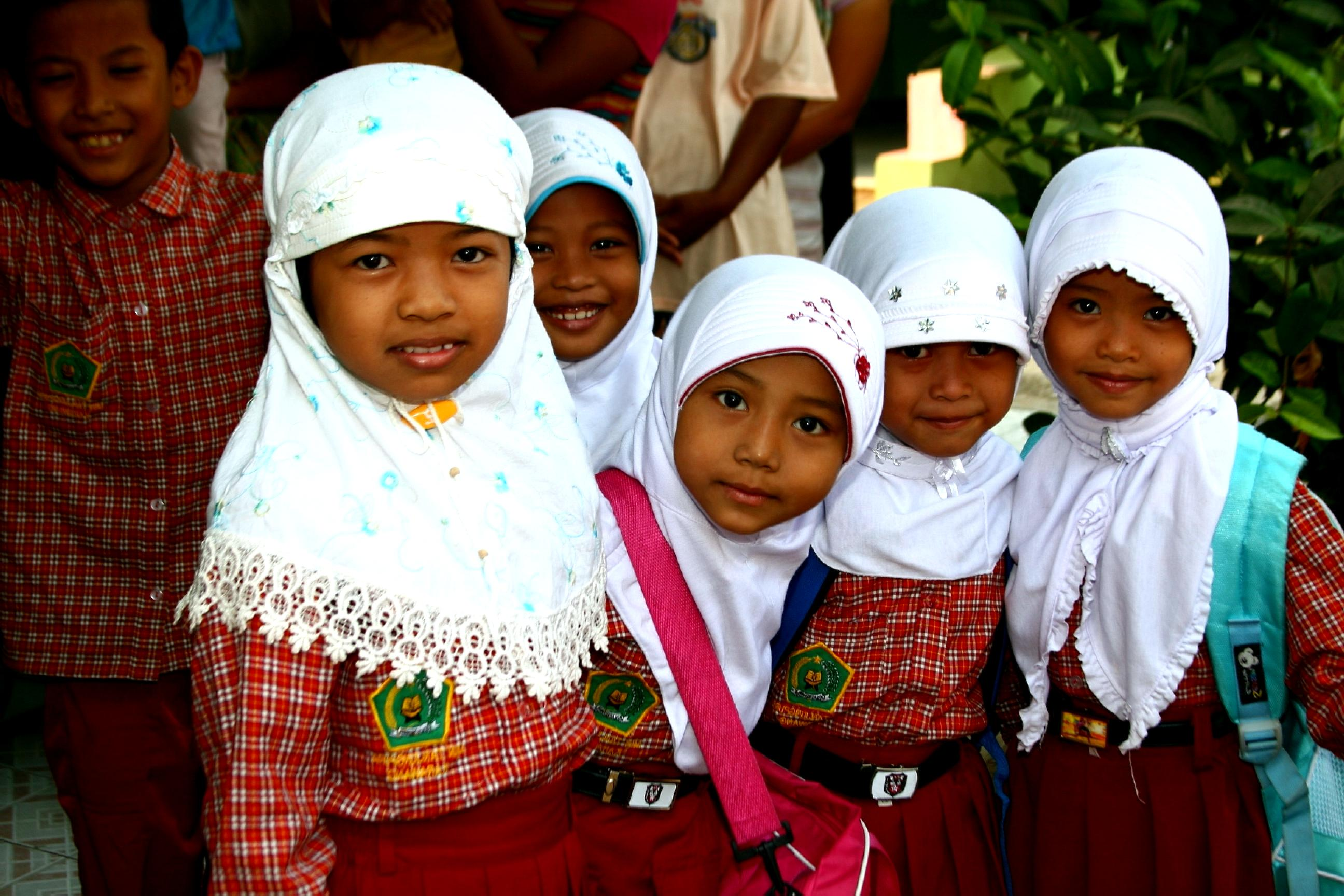 the six selves adolescent girls face How do i evolve from confusion and chaos to a capable, strong, compassionate woman age 15 for a complex set of reasons, most of what is known about adolescent girls focuses on the.